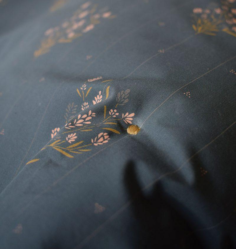 Plaid 70x100cm Madeleine Bleu prestige Maison Charlotte