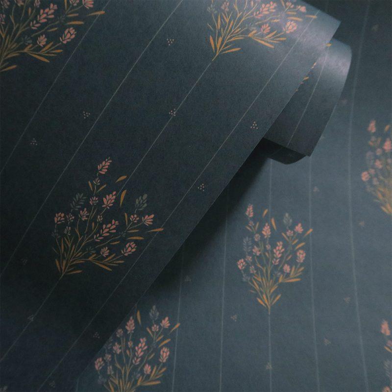 Papier peint Madeleine Bleu Prestige Maison Charlotte