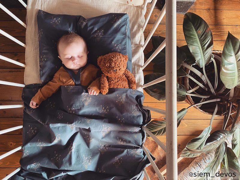 Parure de lit bébé Madeleine Bleu Prestige Maison Charlotte